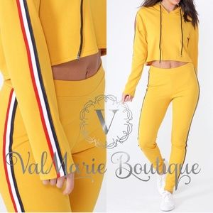Mustard Cropped Active Set